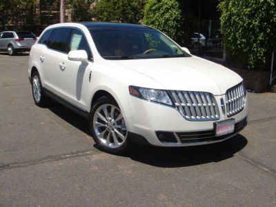 2013 Lincoln MKT 4dr Wgn 3.5L AWD w/EcoBoost